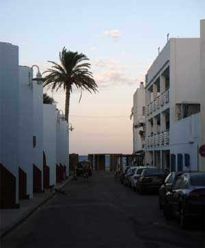 Street To the beach